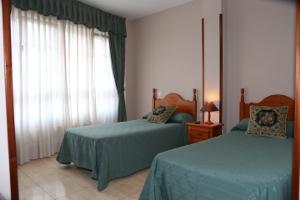 Habitación del Hotel Oviedo en Luarca